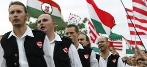Militantes de Jobbik en una manifestación en Septiembre.