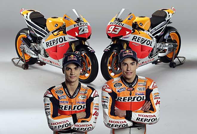 Pedrosa y Márquez con las nuevas máquinas de Repsol y HRC