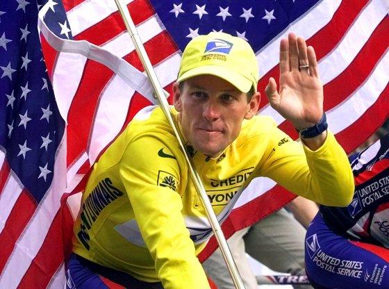 Armstrong con el maillot de lider del Tour