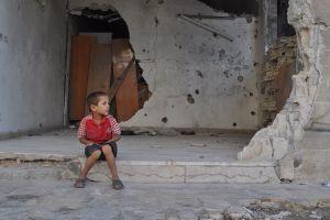 Miles de sirios se encuentran en riesgo por la falta de alimentos en el país a consecuencia de la guerra civil.