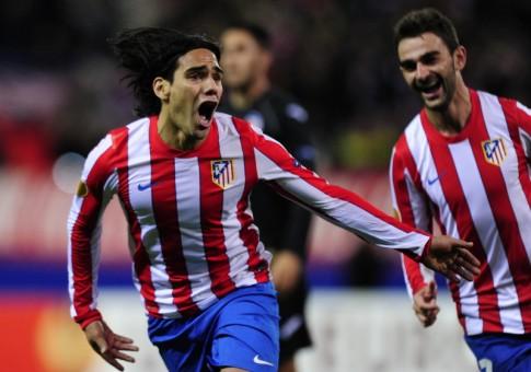 Falcao celebrando uno de sus goles al Valencia   FOTO: championsleague.es