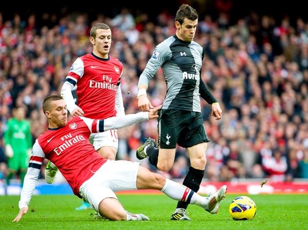 Barclays Premier League - Arsenal vs. Tottenham Hotspur - 19/11/12