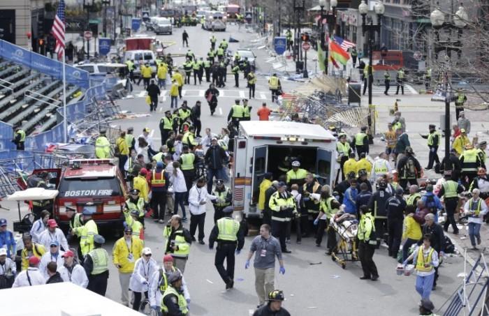 Tres explosiones en Boston provocan al menos 2 muertos