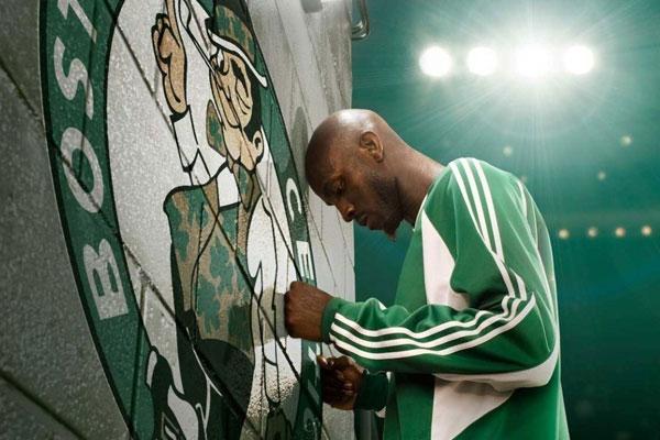 Kevin Garnett es toda una leyenda en los Celtics, pero su rendimiento ya no es el que era.
