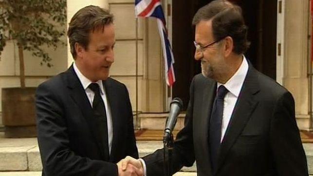 Rajoy con el primer ministro del Reino Unido, Cameron, ayer en La Moncloa // Fotografía: eldiario.es