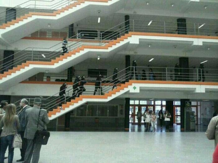 Facultad de Ciencias Políticas, en el campus de la Complutense en Somosaguas