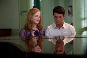 Nicole Kidman interpretada a la madre de India Stoker, y Matthew Goode a su perturbador tío