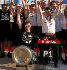 Pepe Oriola celebrando su título de Marrakech.