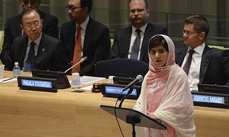 Malala hablando en la sede de Naciones Unidas / Fuente: The Guardian