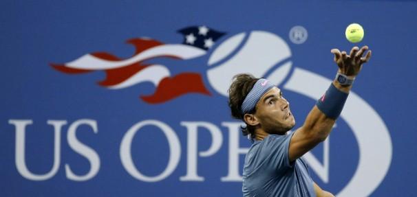 Nadal se dispone a sacar en el pasado US Open | Fuente: washingtonpost.com