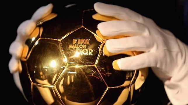 Imagen del Balón de Oro que se entregará en enero/FOTO: ABC.es