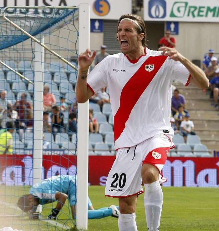 Michu celebrando un gol con el Rayo Vallecano